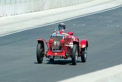 #24, 1934 MG NE, Pete Thelander