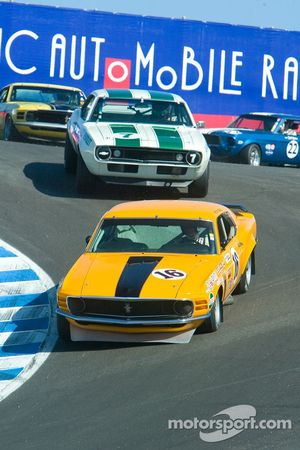#16, 1969 Boss 302 Mustang, Vic Edelbrock