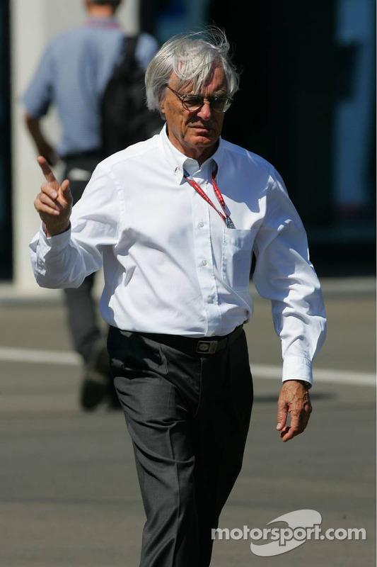 17 Şubat 2006: Bernie Ecclestone'ın Vegas savaşı