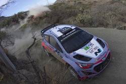 Thierry Neuville, Nicolas Gilsoul Hiunday Shell World Rally Team