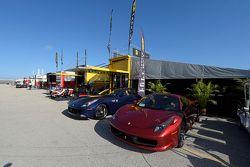 Ferrari dans le paddock