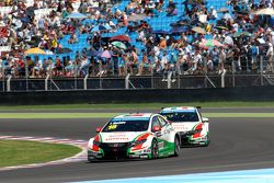 Tiago Monteiro, Honda JAS Yarış Takımı Honda Civic WTCC Gabriele Tarquini, Honda JAS Yarış Takımı H