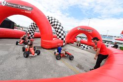 Ferrari Challenge para los niños