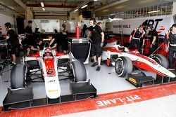 Le garage ART Grand Prix de Stoffel Vandoorne, ART Grand Prix
