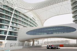 Митч Эванс. Abu Dhabi March test, День 1.