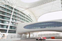 Abu Dhabi March test, День 1.