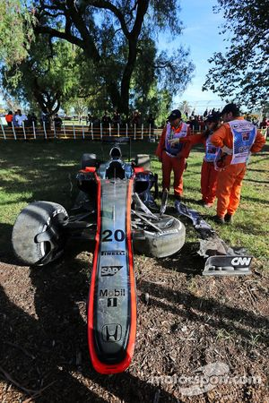 McLaren MP4-30, Кевин Магнуссен, авария