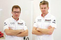 Andreas Seidl, director de Porsche Team, con Nico Hulkenberg