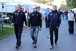 Beat Zehnder, Sauber F1 Team Manager with Felipe Nasr, Sauber F1 Team and Marcus Ericsson, Sauber F1 Team