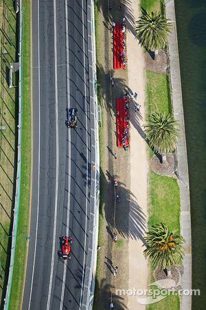 سيرجيو بيريز، سهارا فورس إنديا للفورمولا واحد في جيه أم08، أمام سيباستيان فيتيل، فيراري أس أف 15-تي