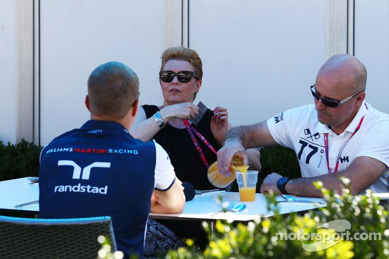 Valtteri Bottas, Williams bersama dengan orang tuanya