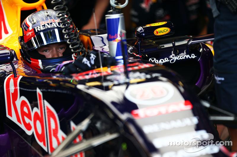 Em 2015, Kvyat foi para a Red Bull, já que Vettel se transferiu para a Ferrari
