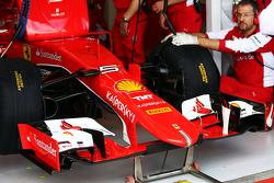 L'aileron avant de Sebastian Vettel, Ferrari SF15-T