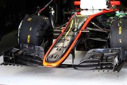 L'aileron avant de Kevin Magnussen, McLaren MP4-30