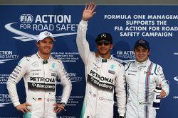 Segundo lugar, Nico Rosberg, Mercedes AMG F1, ganador de la pole, Lewis Hamilton, Mercedes AMG F1, tercer lugar, Felipe Massa, Williams F1 Team