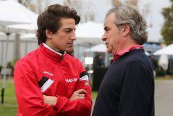 Roberto Merhi, Manor Marussia F1 Team con Carlos Sainz (ESP)