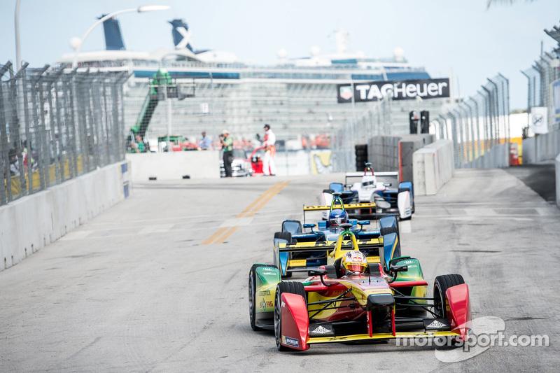 Формула E в 2015 году
