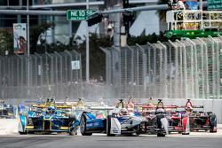 Start: Scott Speed, Andretti Autosport leads