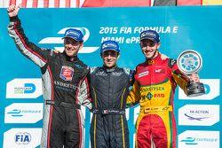 Podium: racewinnaar Nicolas Prost, tweede plaats Scott Speed, derde plaats Daniel Abt