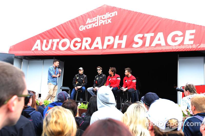 Will Buxton, Lotus F1 Team dan Pastor Maldonado, Lotus F1 Team
