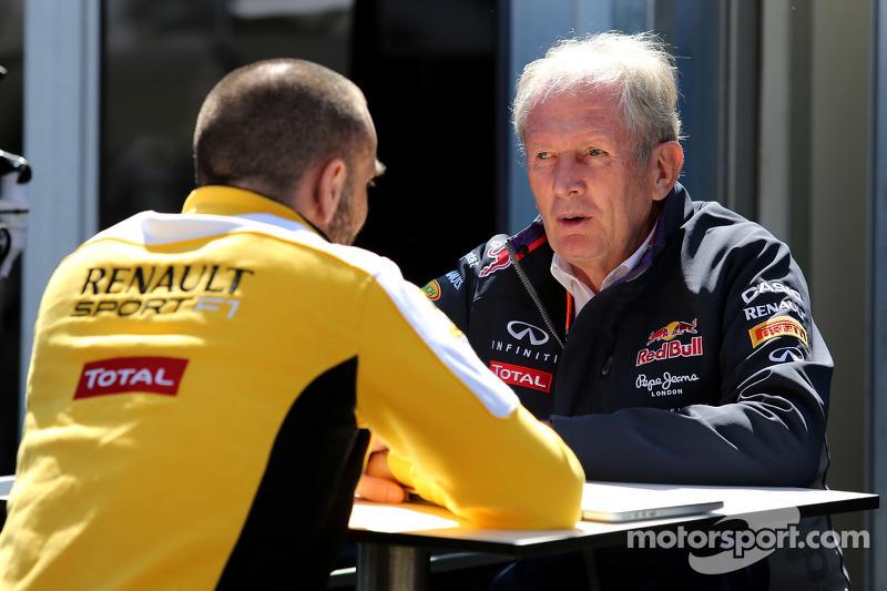 Cyril Abiteboul, Renault Sport and Dr Helmut Marko, Red Bull Motorsport Consultant