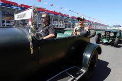 Romain Grosjean, Lotus F1 Team lors de la parade des pilotes