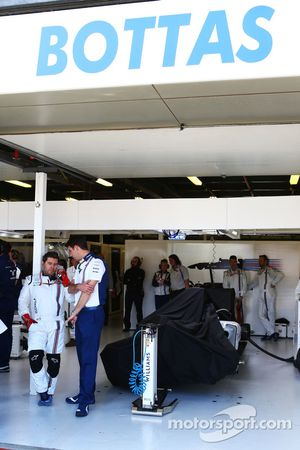 Williams FW37 Валттери Боттаса