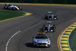 Lewis Hamilton, Mercedes AMG F1 W06 leads behind the FIA Safety Car