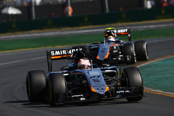 Nico Hülkenberg, Sahara Force India F1 VJM08, vor Teamkollege Sergio Perez, Sahara Force India F1 VJM08