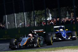 Nico Hulkenberg, Sahara Force India ve Marcus Ericsson, Sauber F1 Takımı
