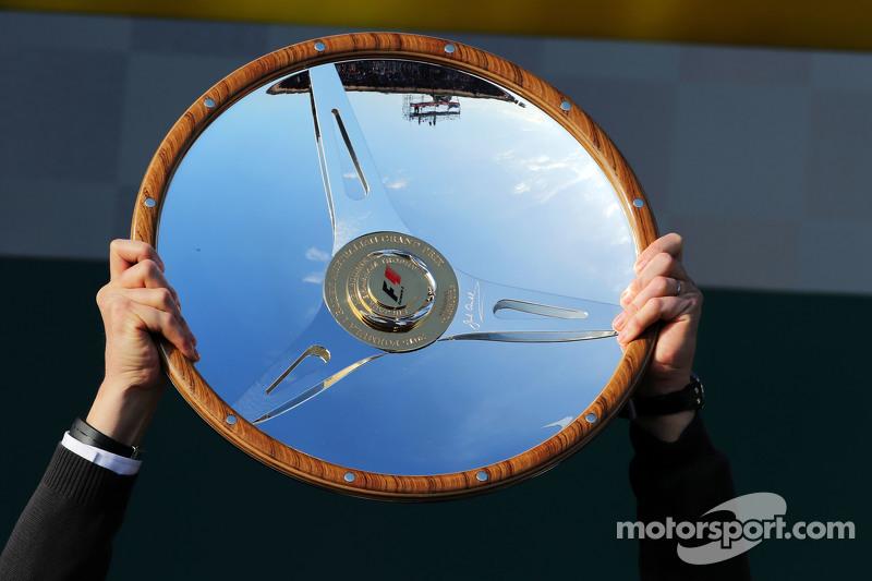 Mercedes AMG F1 трофеї переможці