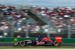 Карлос Сайнс-мл., Scuderia Toro Rosso STR10