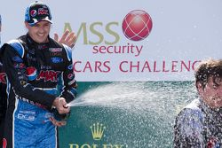 Ganador de la Carrera Mark Winterbottom, Prodrive Racing Australia Ford celebra