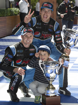Race winner Mark Winterbottom, Prodrive Racing Australia Ford and Chaz Mostert, Prodrive Racing Aust