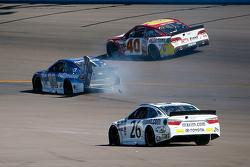 Dale Earnhardt Jr., Hendrick Motorsports Chevrolet choque