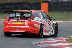 Honda Yuasa Racing Civic Tourer