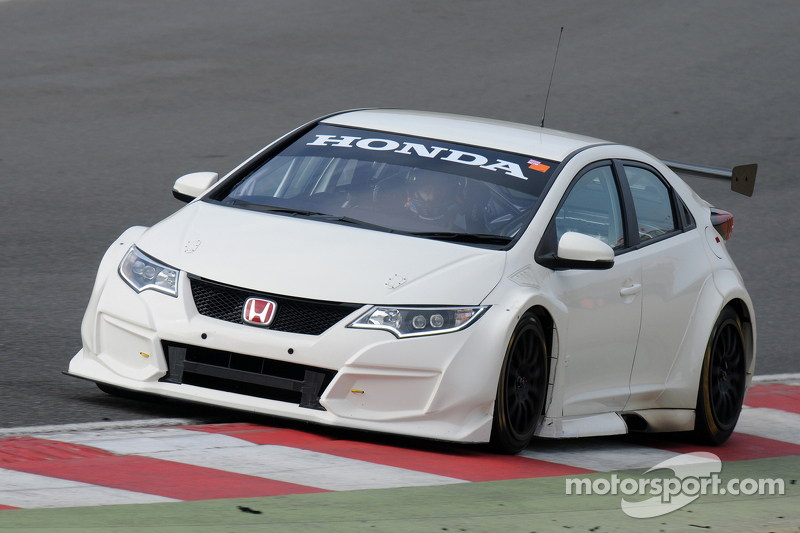 Метт Ніл, Honda Racing Civic Type R