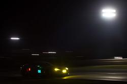 #98 Aston Martin Racing, Vantage: Pedro Lamy, Darren Turner, Mathias Lauda, Paul Dalla Lana