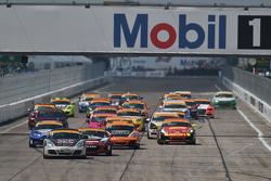 ST-Start: #18 RSI, Porsche Cayman: Jon Miller, Adam Isman
