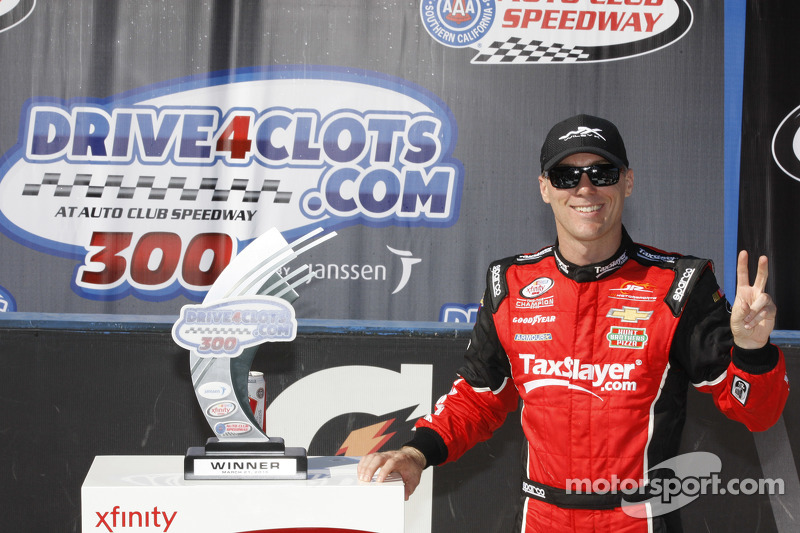 Race winner Kevin Harvick, JR Motorsports Chevrolet celebrates
