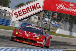 #63 Scuderia Corsa 法拉利458 Italia: Bill Sweedler, Townsend Bell, Anthony Lazzaro