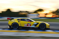 Ян Магнуссен, Антонио Гарсия, Райан Бриско, Corvette Racing Chevrolet Corvette C7.R