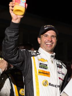 比赛获胜者 Christian Fittipaldi, 快速行动车队