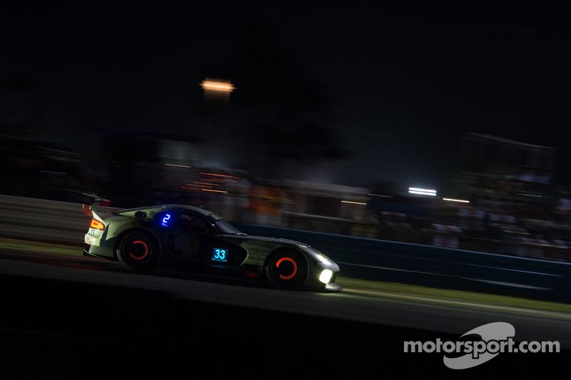 #33 Riley Motorsports SRT Viper GT3-R: Ben Keating, Al Carter, Jeroen Bleekemolen, Sebastiaan Bleekemolen