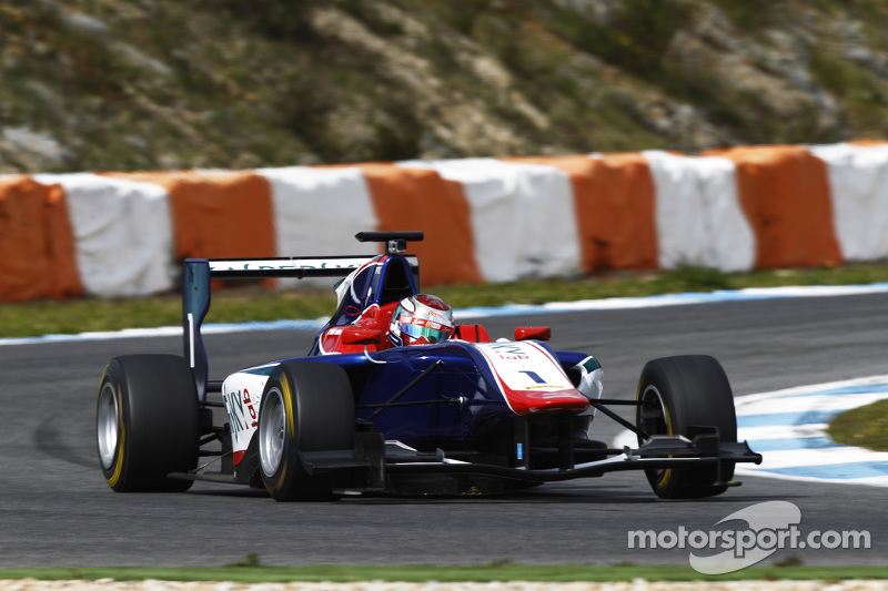 Antonio Fuoco, Carlin Motorsport