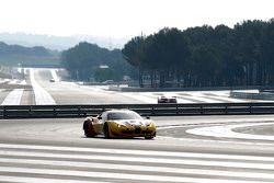 #66 JMW Motorsport Ferrari F458 Italia: George Richardson, Robert Smith