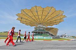 Sebastian Vettel, Ferrari e Esteban Gutierrez, terzo pilota e tester Ferrari