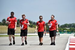 Will Stevens, Manor Marussia F1 Team cammina nel circuito