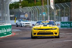 #40 BestIT Racing, Chevrolet Camaro: Geoff Reeves