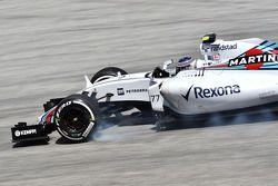 Valtteri Bottas, Williams FW37 locks up under braking